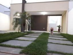 Vendo Excelente Casa em Residencial Fechado no Araçagy