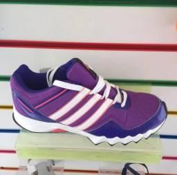 caeb16057e Tênis Adidas original tamanho 36 novo