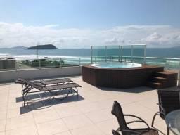 Cobertura com 229,88 m² e jacuzzi privativa com vista para a Praia de Palmas/SC