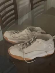 Tênis nike jordan basquete/casual tamanho 43