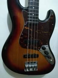 Baixo Eagle jazz bass com logo fender comprar usado  Suzano