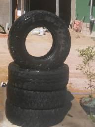 Baratinho-Pneus aro 15 para caminhonetes