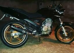 Vendo moto Honda CBX 250 interessado chamar no ibox