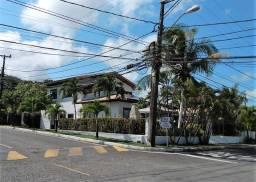 Casa de Condomínio com 5/4, sendo 4 suítes, Piatã, Salvador-BA