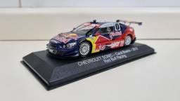 Título do anúncio: Miniatura Stock Car Chevrolet Sonic - Cacá Bueno - 2012