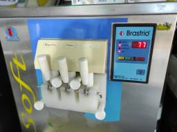 Título do anúncio: Máquina de sorvete italiano expresso Troco por carro