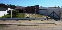 Título do anúncio: Casa com pátio em bairro residencial Torres RS