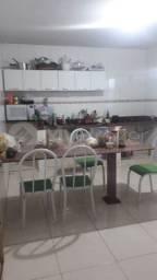 Casa com 4 quartos - Bairro Conjunto Residencial Aruanã I em Goiânia
