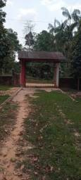 Título do anúncio: Vendo troco ou alugo uma chácara  no vila acre ramal itucumã