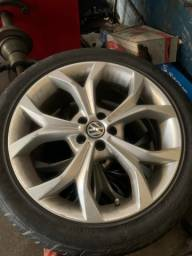 Título do anúncio: Jogo de aro 18  5 furos com pneus