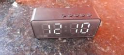 Título do anúncio: Rádio relógio Bluetooth