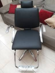 Título do anúncio: Cadeira hidráulica e reclinável