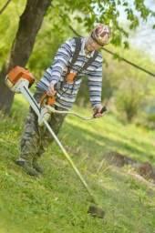 Aparamos grama ou roçamos quintal