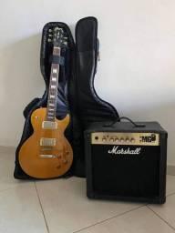 Título do anúncio: Guitarra Les Paul da cort + Amp marshall de 15 A
