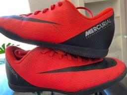 Tênis/chuteira Nike 34