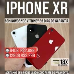 iPhone XR 64gb de vitrine, aceitamos seu iPhone usado como parte do pagamento.