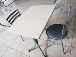 Jogo de mesa MDF 80x60 cm, com 2 cadeiras