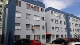 Aluguel de apartamento de 2 dormitórios bem localizado no bairro Itacorubi