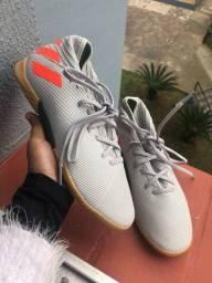 Chuteira nêmesis Adidas