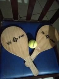 Raquetes com bola profissional