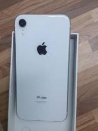 Título do anúncio:  Apple iPhone XR 64 GB - Branco