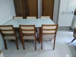 Título do anúncio: Mesa de madeira e acabamento laka e telinha