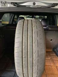 Par de Pneus Bridgestone Potenza 225/40 R18