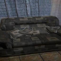 Sofá de 2 e 3 lugares : R$ 200