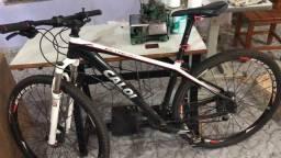 Bike Caloi Elite 30, Everest 29, Deore