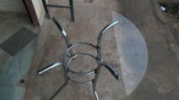 Mesa de vidro em otimo estado (somente a mesa)