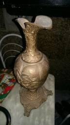 Jara de bronze muito antiga
