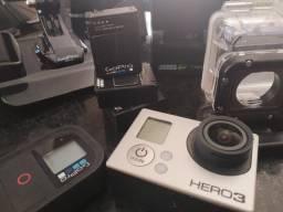 GO Pro Hero 3 (Com muitos acessórios!!!)