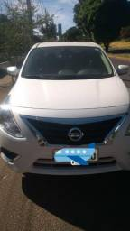 Nissan Versa 1.6 Unique Branco Perolizado 15/16 (Negociável) - 2016