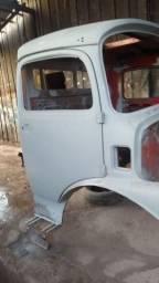 Cabine Mercedes 1313 4 Faróis painel antigo