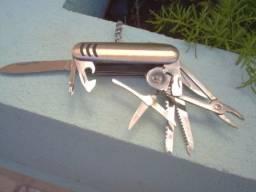 Canivete Especial Multifunção varias utilidades otimo p Barraca de Camping Trilha