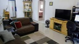 Vendo casa com 3 andares em Balneário Camboriú