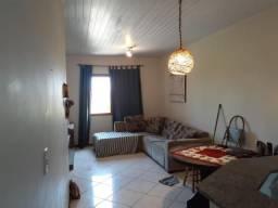 Casa para alugar com 2 dormitórios em , cod:I-024657