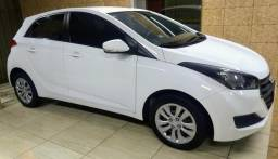 "Hyundai HB20 Confort Plus 1.0 Flex 2017 ""Muito Novo"" - 2017"