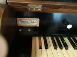 Órgão Harmonio bohn (relíquia)1850
