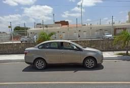 Carro Fiat Siena Attractiv 1.4 ano 2013/2013 cor bege