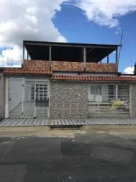 Vendo uma casa no Conjunto Duque de Caxias