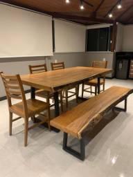 Conjunto 1 Mesa + 1 Banco + 4 cadeiras