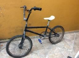 Bicicleta antiga bmx aro 20