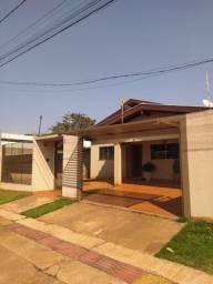 Casa Ótima em conforto, espaço e localização! Terreno 360 m2