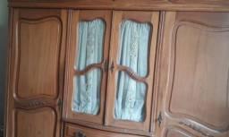 Título do anúncio: Lindo armário antigo de peroba