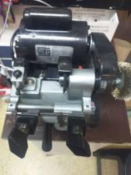Título do anúncio: Máquina de copiar chaves + vvdi + máquina pantografica