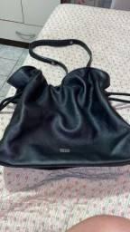 Desapagando bolsas originas e em couro