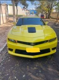 Camaro Amarelo SS V8