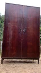 Armário antigo de madeira ,Medidas disponíveis nas fotos
