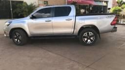 Toyota Hilux Srv 2.8 4x4 Diesel Automático
